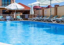 Евпатория пгт Прибрежное  Дюльбер - Крым Саки отель бассейн завтрак  Прибой