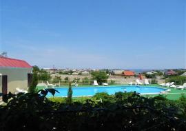 Крым, Черноморское  Вилла  с бассейном